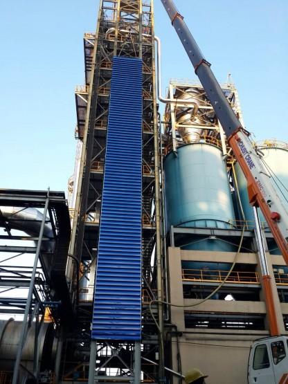 งานผลิต/ติดตั้งบานเกล็ดปล่องลิฟท์ สูง 60 เมตร 03